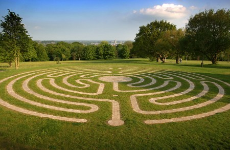 A labyrinth on campus. By the University of Kent (Flickr)