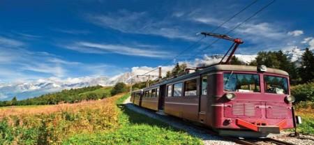 Chamonix-mountain-train
