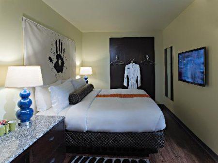 Acme Hotel, Chicago Standard King Room
