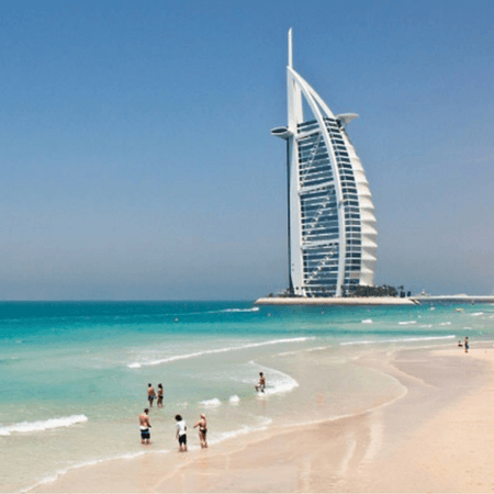 Visit the Jumeirah Beach, Dubai